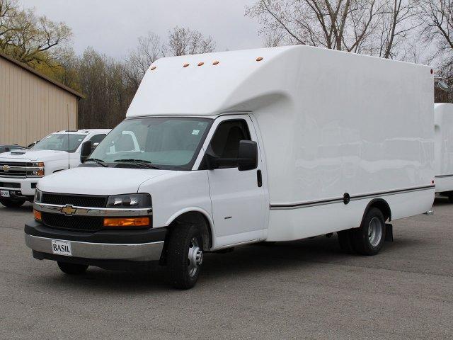 2019 Express 3500 4x2,  Unicell Cutaway Van #19C199T - photo 5