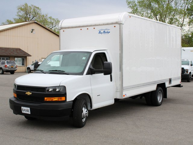 2019 Express 3500 4x2,  Bay Bridge Sheet and Post Cutaway Van #19C202T - photo 5