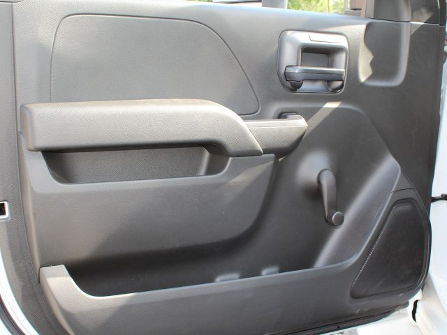 2019 Silverado Medium Duty DRW 4x2,  Cab Chassis #19C205T - photo 19