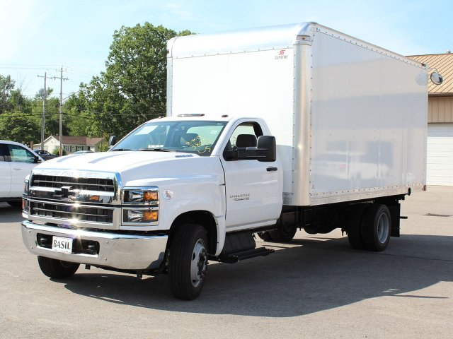 2019 Silverado Medium Duty DRW 4x2,  Cab Chassis #19C205T - photo 4