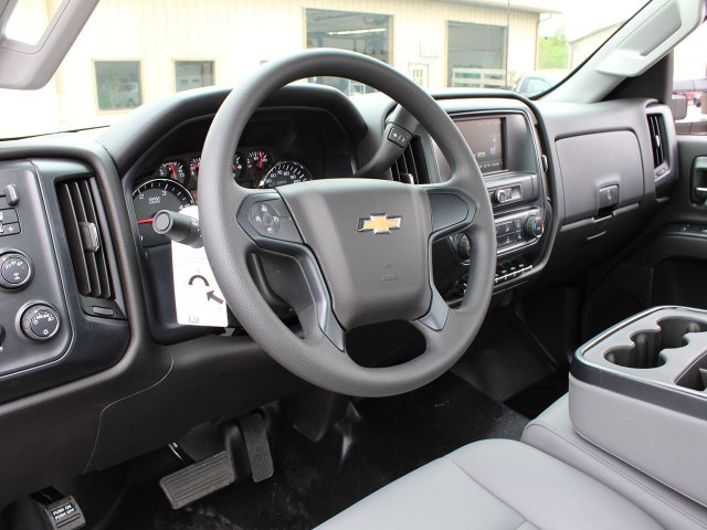 2019 Silverado Medium Duty Regular Cab 4x4,  Cab Chassis #19C206T - photo 16