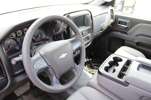 2019 Silverado Medium Duty Regular Cab 4x4,  Cab Chassis #19C207T - photo 13