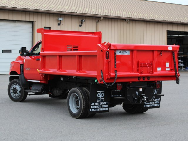 2019 Silverado Medium Duty Regular Cab 4x4,  Air-Flo Dump Body #19C208T - photo 12