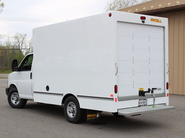 2019 Express 3500 4x2,  Unicell Aerocell CW Cutaway Van #19C220T - photo 12