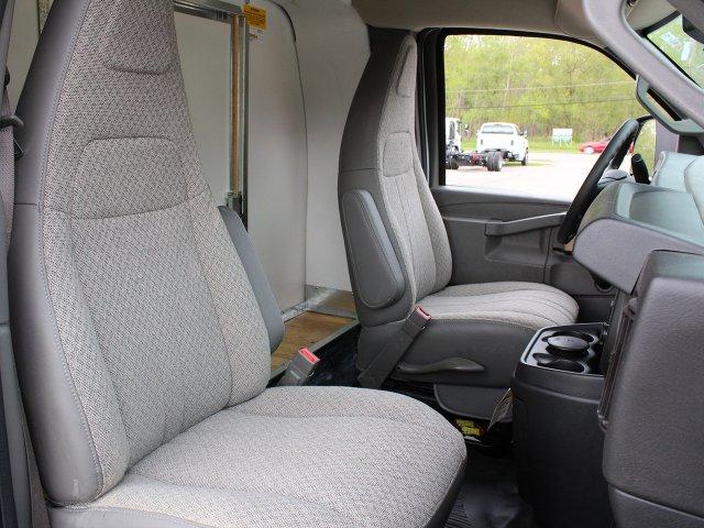 2019 Express 3500 4x2,  Unicell Cutaway Van #19C221T - photo 23