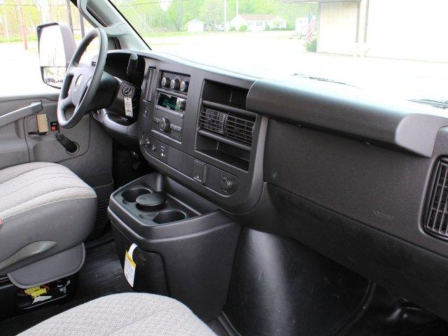 2019 Express 3500 4x2,  Unicell Cutaway Van #19C221T - photo 24