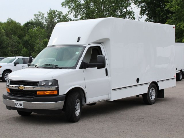 2019 Express 3500 4x2,  Unicell Cutaway Van #19C240T - photo 3