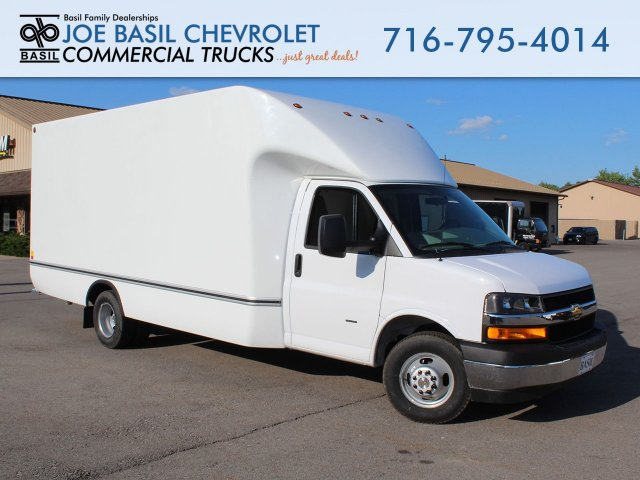 2019 Express 3500 4x2,  Unicell Cutaway Van #19C258T - photo 1