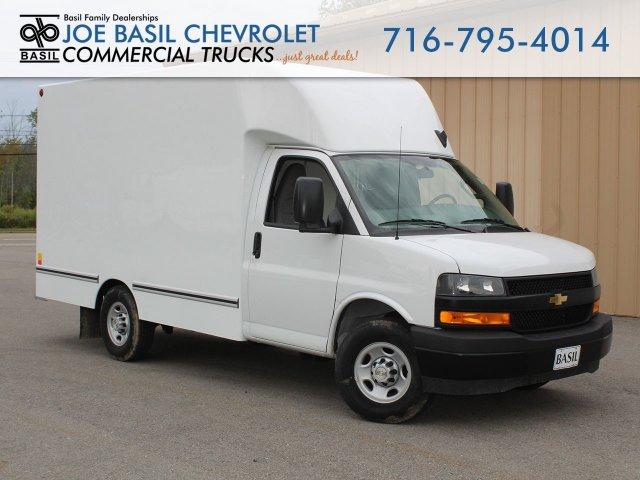 2019 Express 3500 4x2,  Unicell Cutaway Van #19C282T - photo 1