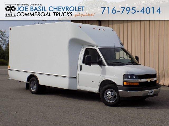 2019 Express 3500 4x2, Unicell Cutaway Van #19C285T - photo 1