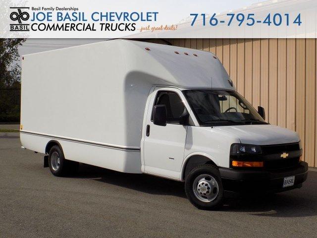 2019 Express 3500 4x2,  Unicell Cutaway Van #19C291T - photo 1