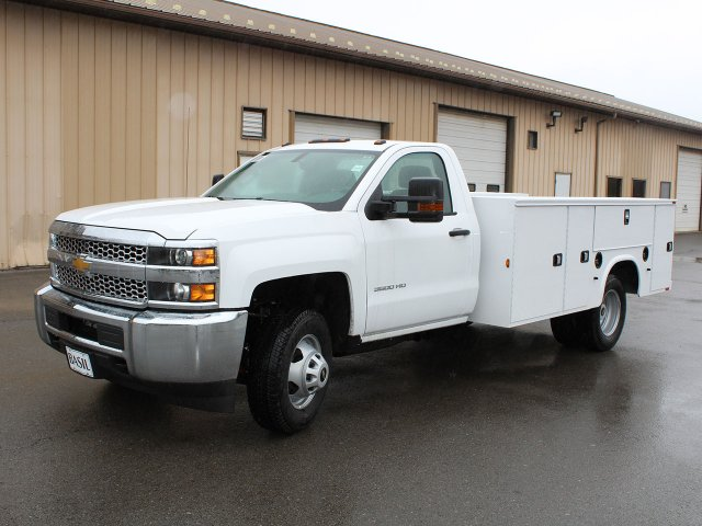 2019 Silverado 3500 Regular Cab DRW 4x4,  Cab Chassis #19C30T - photo 3