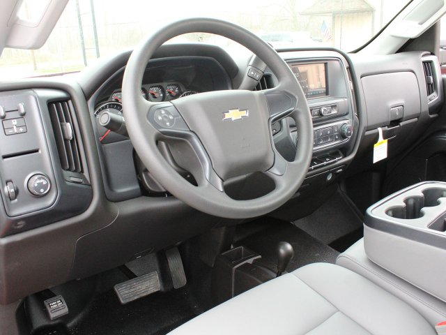 2019 Silverado 3500 Regular Cab DRW 4x4,  Reading Service Body #19C31T - photo 24