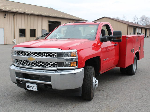 2019 Silverado 3500 Regular Cab DRW 4x4,  Reading Service Body #19C31T - photo 4
