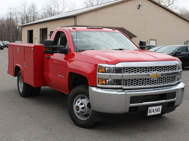 2019 Silverado 3500 Regular Cab DRW 4x4,  Reading Classic II Steel Service Body #19C31T - photo 6