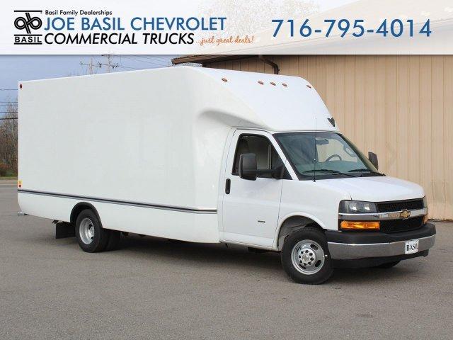 2019 Express 3500 4x2, Unicell Cutaway Van #19C348T - photo 1