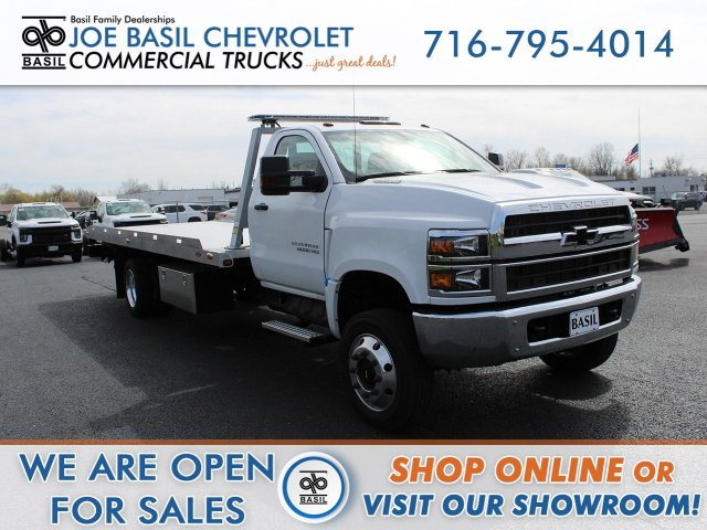 2019 Chevrolet Silverado 6500 Regular Cab DRW 4x4, Danco Rollback Body #19C369T - photo 1
