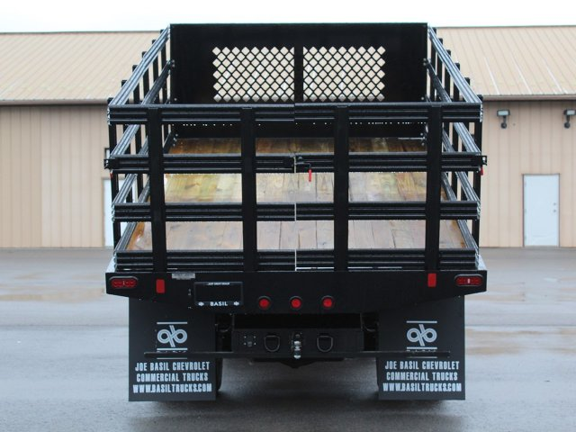 2019 Silverado 3500 Regular Cab DRW 4x4,  Reading Stake Bed #19C37T - photo 19