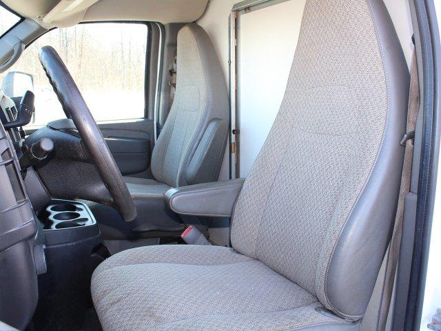2014 GMC Savana 3500 RWD, Cutaway Van #19C384TU - photo 3