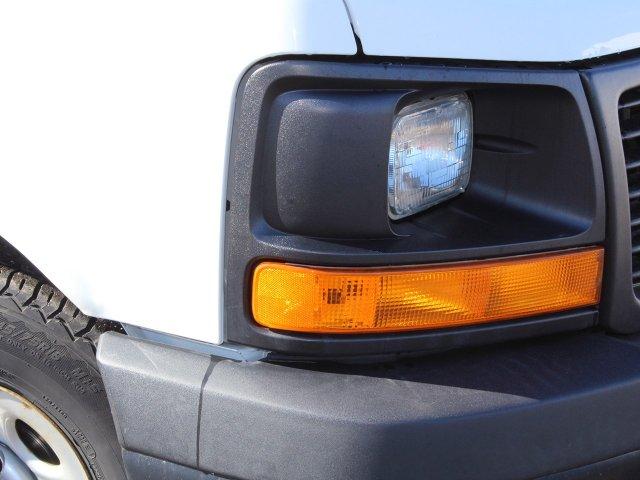 2014 GMC Savana 3500 RWD, Cutaway Van #19C384TU - photo 23