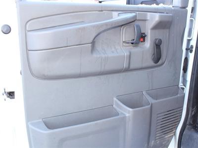 2014 GMC Savana 3500 RWD, Cutaway Van #19C384TU - photo 4