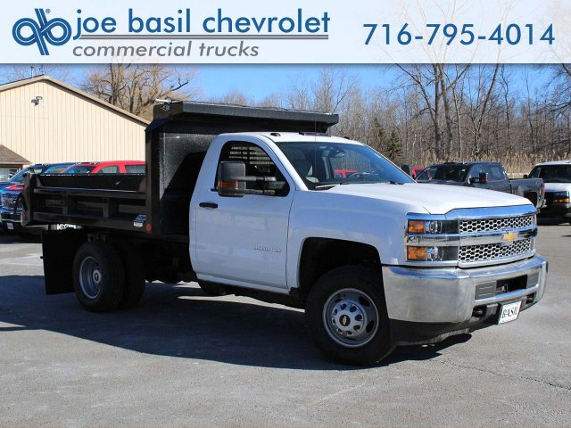2019 Silverado 3500 Regular Cab DRW 4x4,  Crysteel Dump Body #19C42T - photo 1