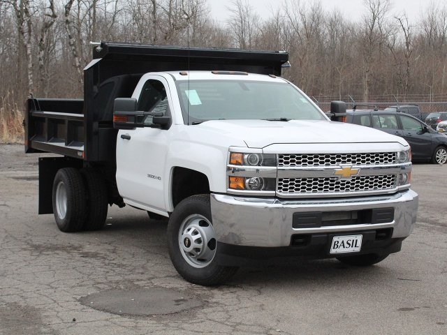 2019 Silverado 3500 Regular Cab DRW 4x4,  Crysteel Dump Body #19C43T - photo 10