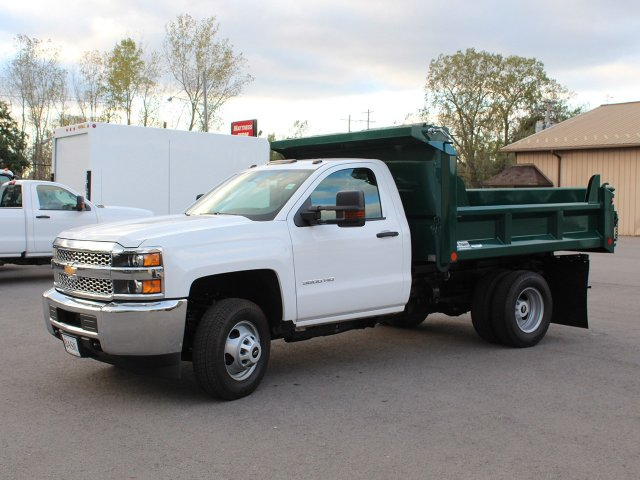 2019 Silverado 3500 Regular Cab DRW 4x4,  Crysteel Dump Body #19C44T - photo 3