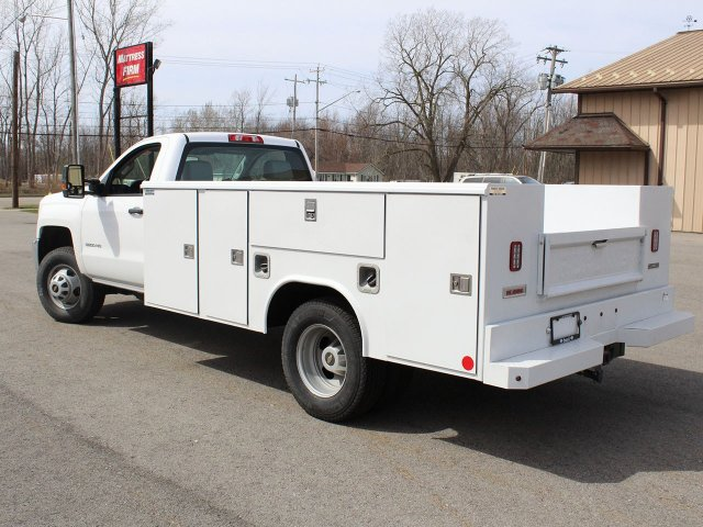2019 Silverado 3500 Regular Cab DRW 4x4,  Reading Service Body #19C47T - photo 18