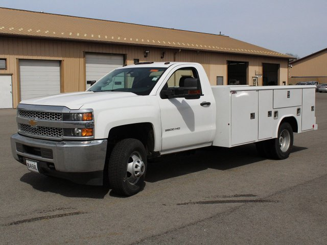 2019 Silverado 3500 Regular Cab DRW 4x4,  Reading Service Body #19C47T - photo 3