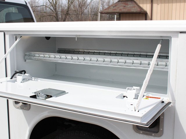 2019 Silverado 3500 Regular Cab DRW 4x4,  Reading Service Body #19C47T - photo 21