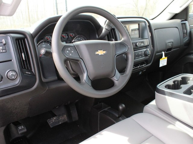 2019 Silverado 3500 Regular Cab DRW 4x4,  Reading Service Body #19C47T - photo 28