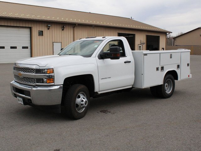 2019 Silverado 3500 Regular Cab DRW 4x4,  Reading Service Body #19C49T - photo 3