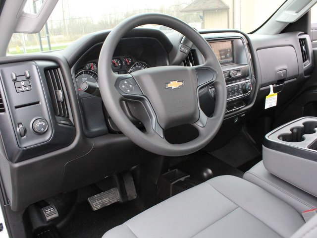 2019 Silverado 3500 Regular Cab DRW 4x4,  Reading Service Body #19C49T - photo 26