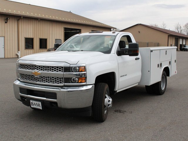 2019 Silverado 3500 Regular Cab DRW 4x4,  Reading Service Body #19C49T - photo 5