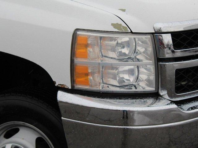 2011 Silverado 3500 Regular Cab 4x4,  Service Body #19C66TU - photo 23