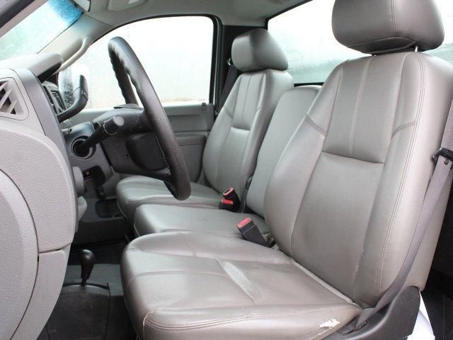 2011 Silverado 3500 Regular Cab 4x4,  Service Body #19C66TU - photo 26