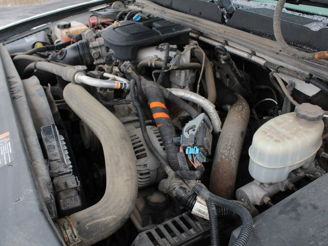 2011 Silverado 3500 Regular Cab 4x4,  Service Body #19C66TU - photo 33