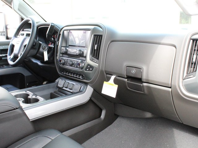 2019 Silverado 2500 Crew Cab 4x4,  Pickup #19C68T - photo 32