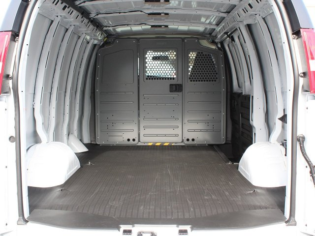 2019 Express 2500 4x2,  Empty Cargo Van #19C75T - photo 2