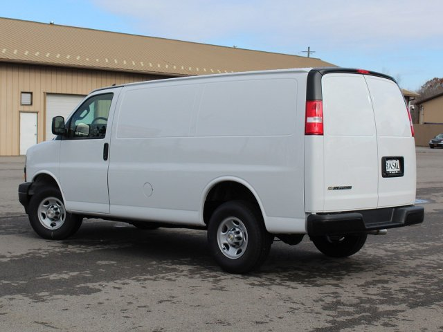 2019 Express 2500 4x2,  Empty Cargo Van #19C75T - photo 15