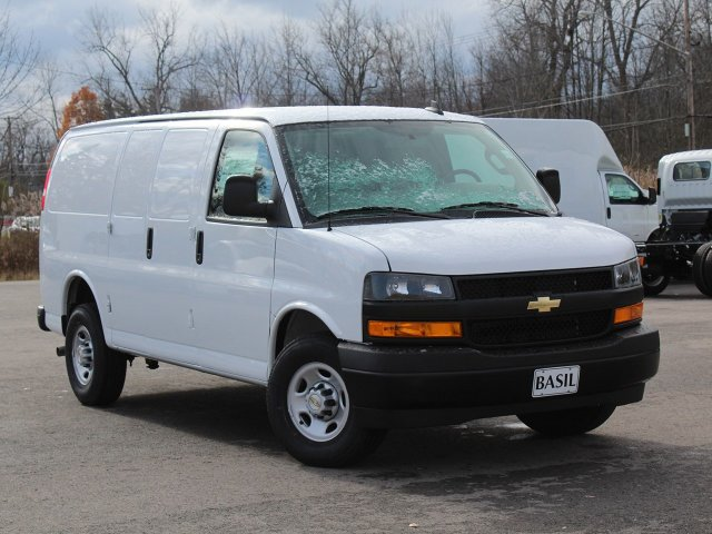 2019 Express 2500 4x2,  Empty Cargo Van #19C75T - photo 18