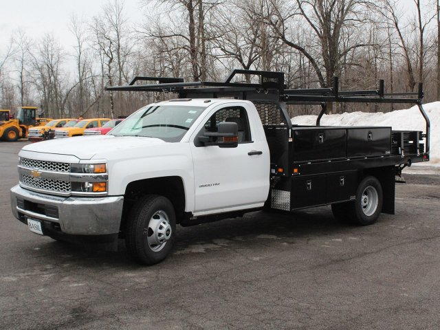 2019 Silverado 3500 Regular Cab DRW 4x4,  Knapheide Contractor Body #19C92T - photo 3
