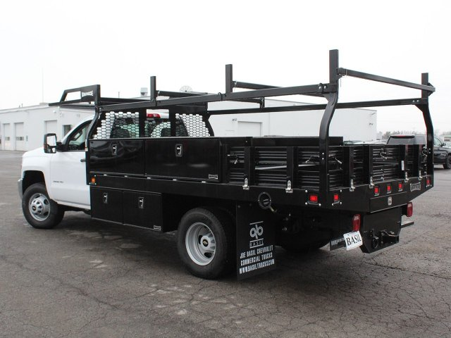 2019 Silverado 3500 Regular Cab DRW 4x4,  Knapheide Contractor Body #19C92T - photo 8