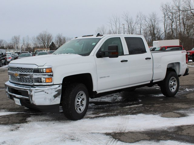 2019 Silverado 2500 Crew Cab 4x4,  Pickup #19C95T - photo 3
