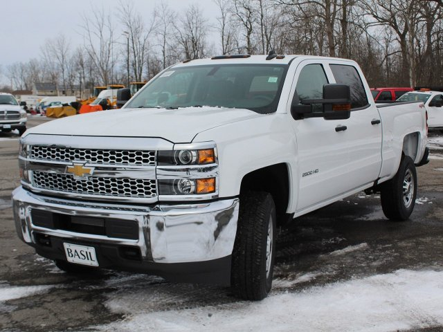 2019 Silverado 2500 Crew Cab 4x4,  Pickup #19C95T - photo 9