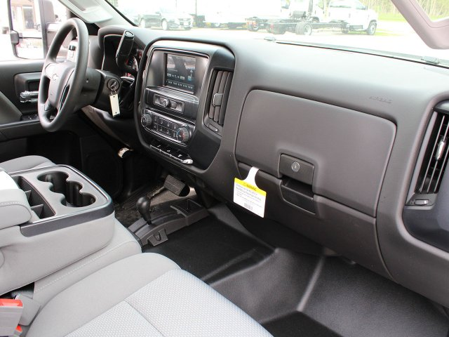 2019 Silverado 2500 Crew Cab 4x4,  Pickup #19C97T - photo 28