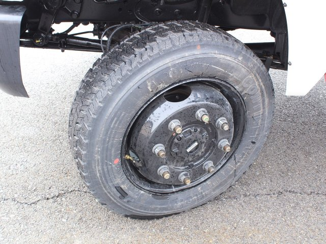 2020 Chevrolet Silverado 6500 Regular Cab DRW 4x4, Cab Chassis #20C132T - photo 26