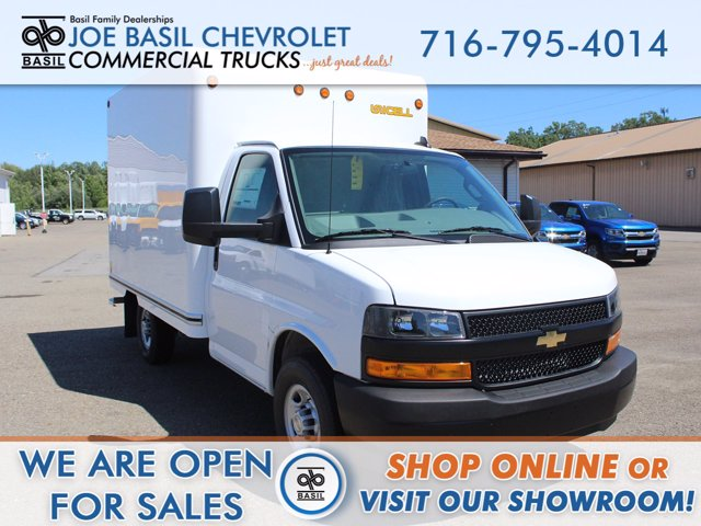 2020 Chevrolet Express 3500 RWD, Unicell Cutaway Van #20C169T - photo 1