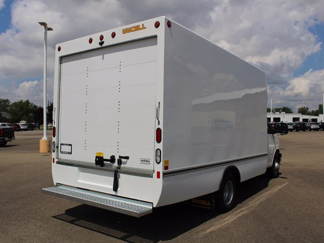 2020 Chevrolet Express 3500 RWD, Unicell Cutaway Van #20C180T - photo 1